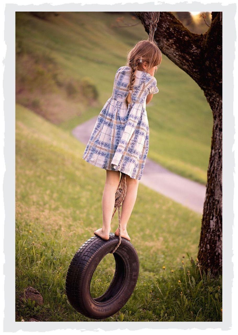 Maedchen-auf-Reifen