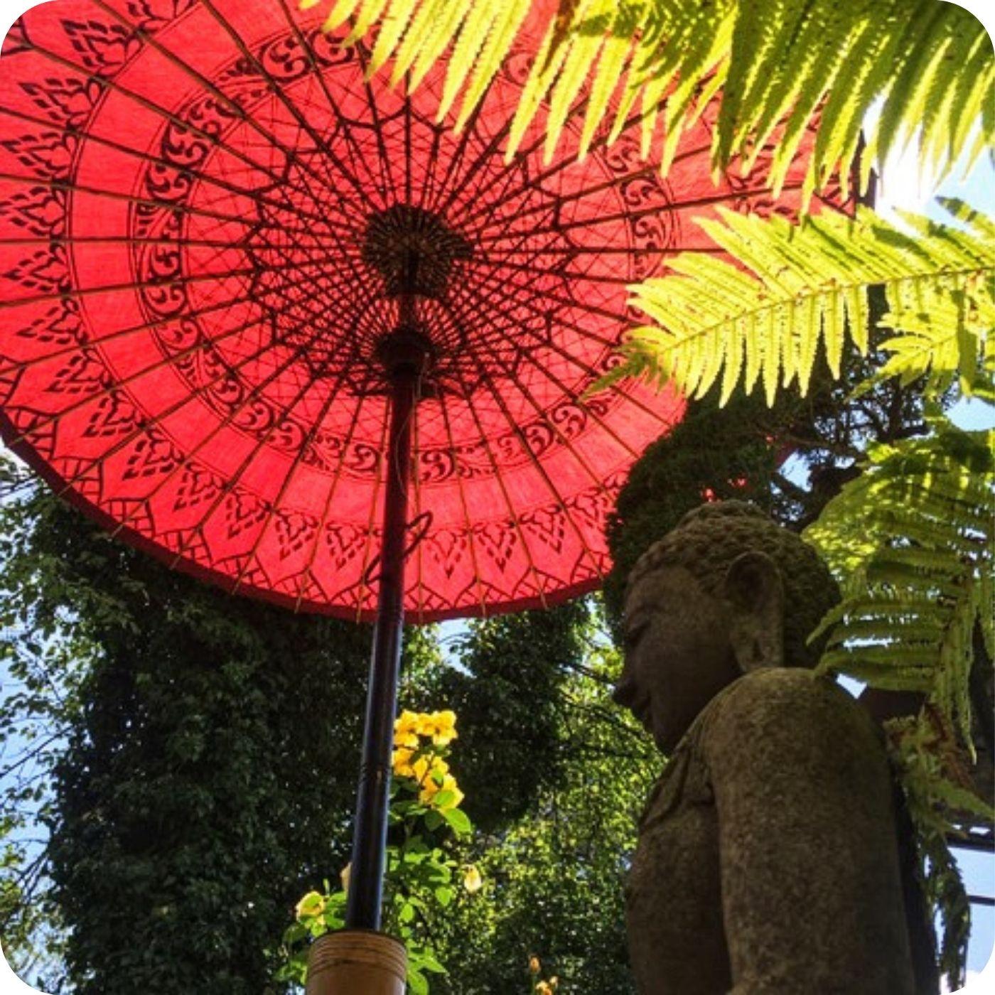 Sonnenschirm-Skulptur