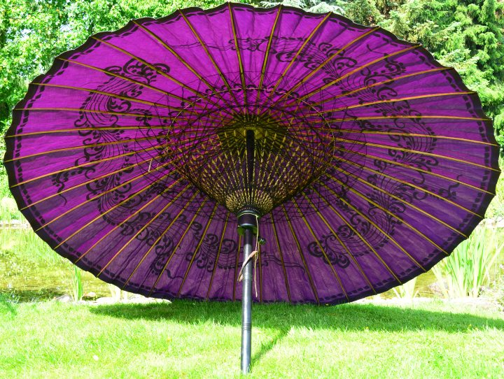 bali-gartenschirm-violett-bhamo