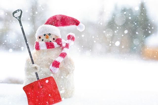 Schneemann_schneeschieben
